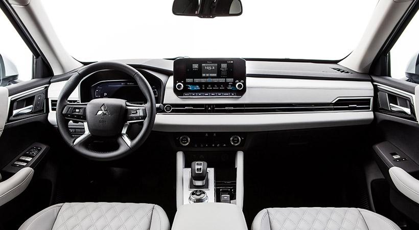 Mitsubishi Outlander PHEV LE 2021