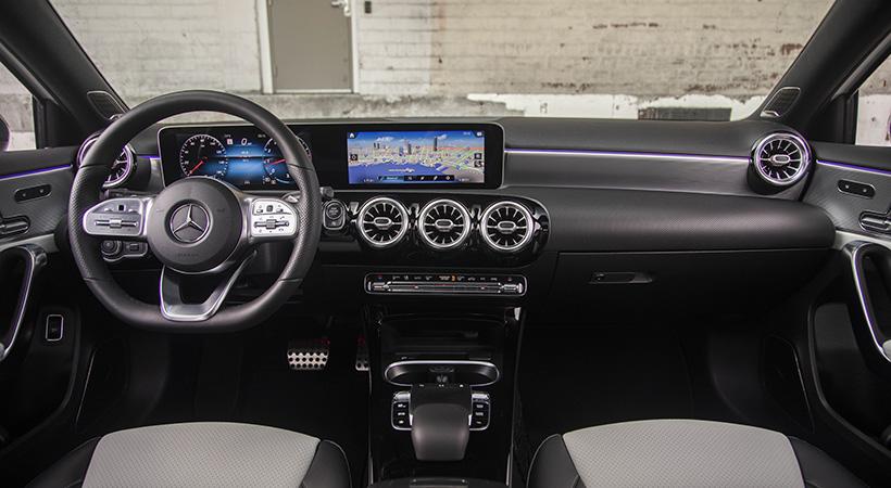 Mercedes-Benz A 220 4MATIC 2021